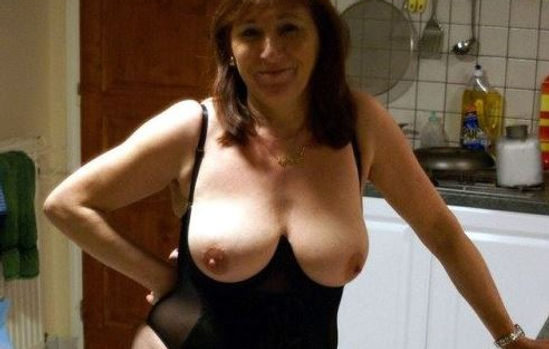 Naughty Granny Dating