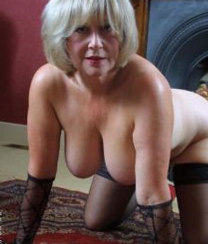horny older woman in Glasgow