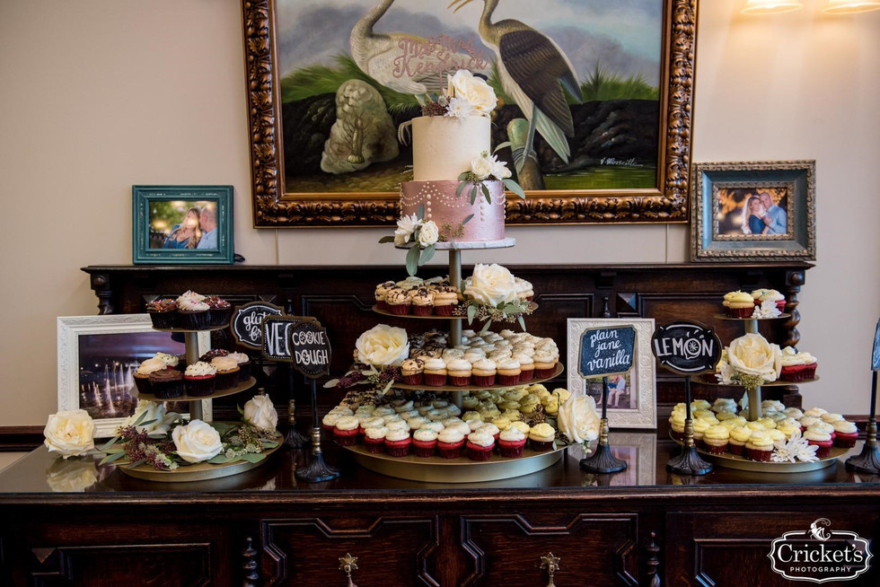 Wedding cupcakes_i do events and party rentals