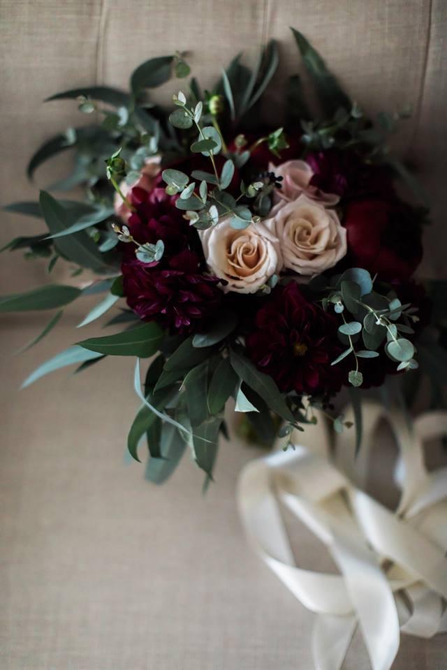 Le Fleur Atelier Bride bouquet