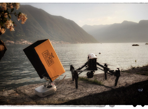 Camere Volanti, droni e camere al servizio della poesia