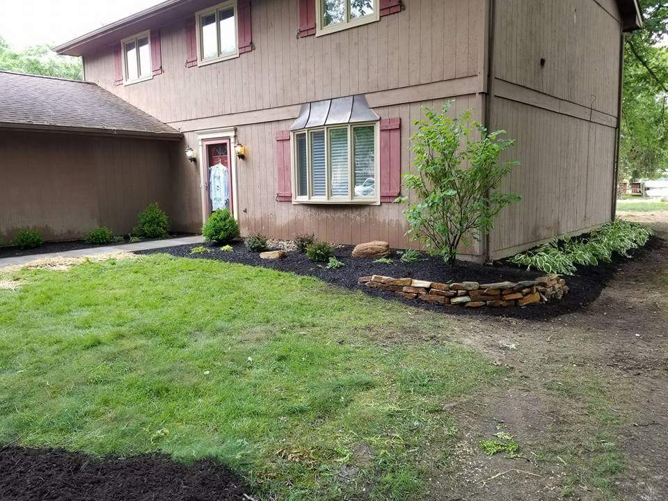 Landscape design in Aurora Shores