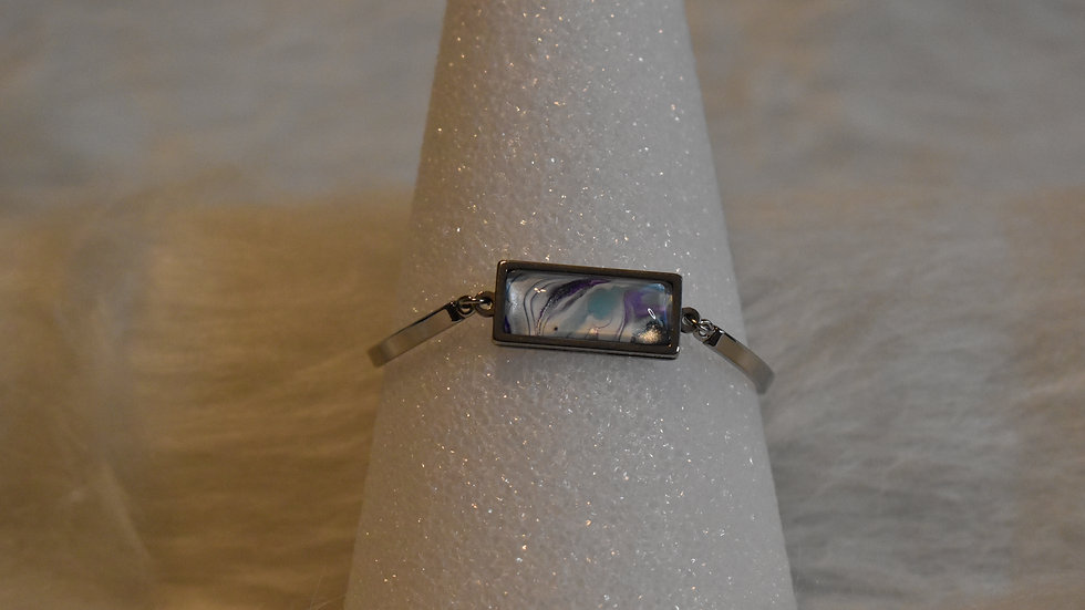 Silver Bar Bracelet with chain and clasp in closure