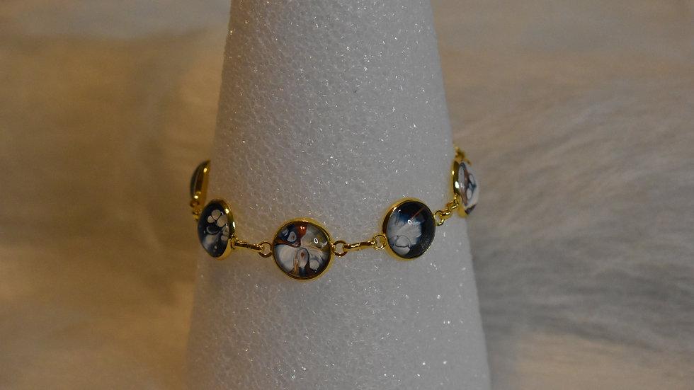 Multi stone bracelet in gold