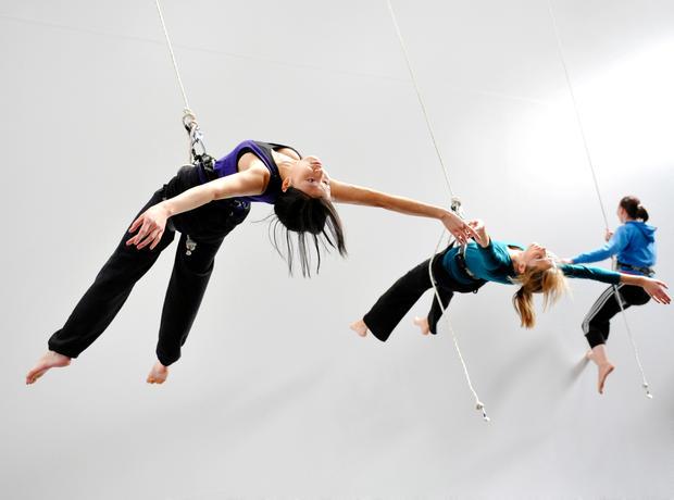 aerial dancing 490.jpg