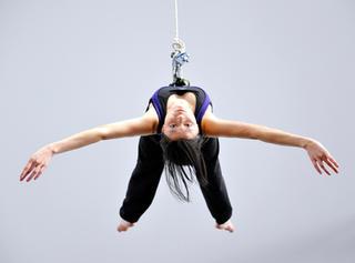 aerial dancing 489.jpg
