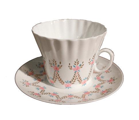 'Garland' Vintage Teacup and Saucer