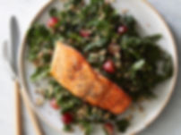 roasted-salmon-kale-quinoa-salad_0.jpg