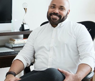 Kwin Mosby, Editor-In-Chief - Vacationer Magazine