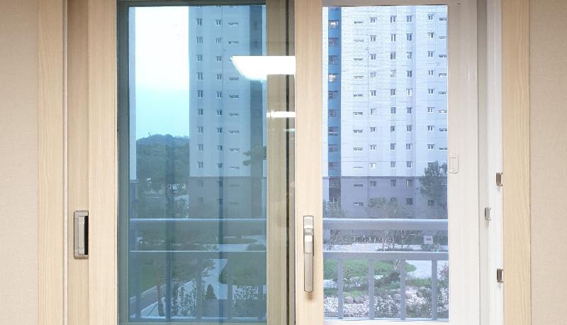 서동탄 포스코 더샾 방창문