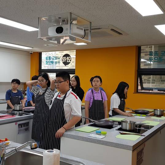 20190702 JOB기프로젝트_전농중_요리 (1).jpg