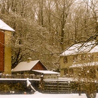 barn-snow.png