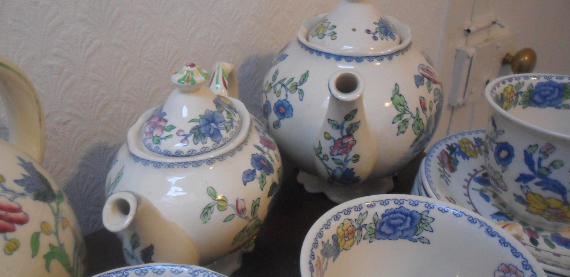 Masons Teapots.JPG