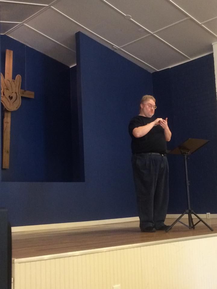 bob preaching 2.jpg