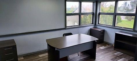 Office 4 (2).JPG