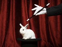 Puxando um coelho fora de um chapéu