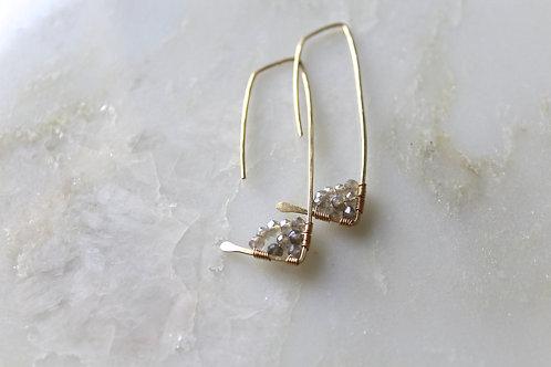 1 Pair long Amiti Earring