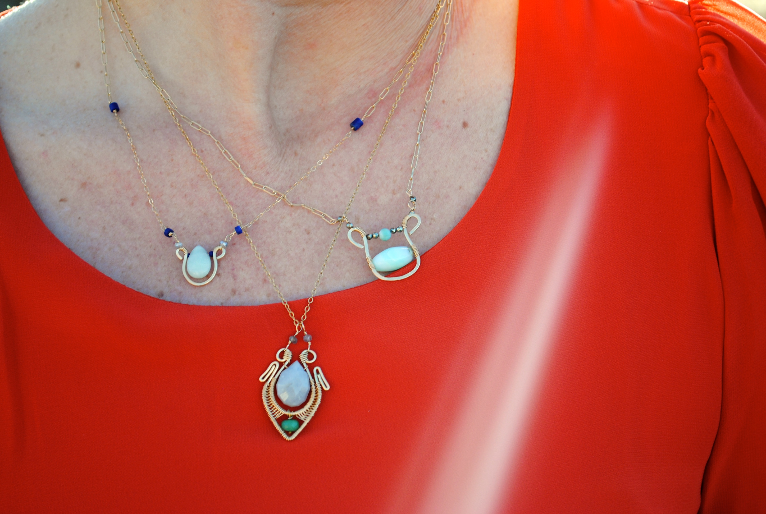 Mixed small necklaces