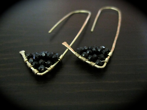 Amiti Long Earrings in Black Spinel