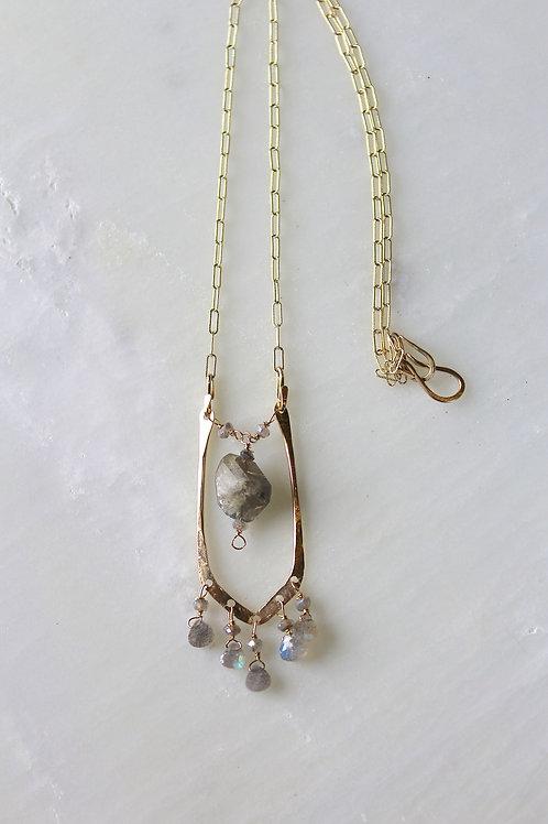 Angeni Necklace