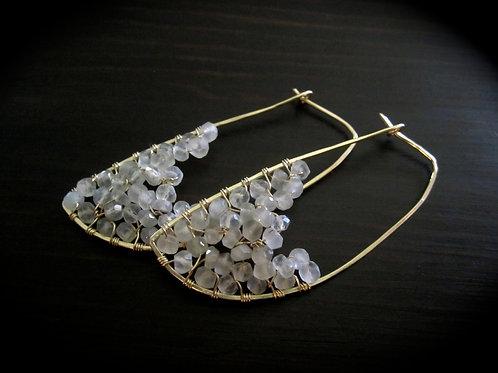1 Pair Crescent Earrings