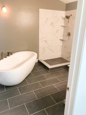 Bathroom8.jpg