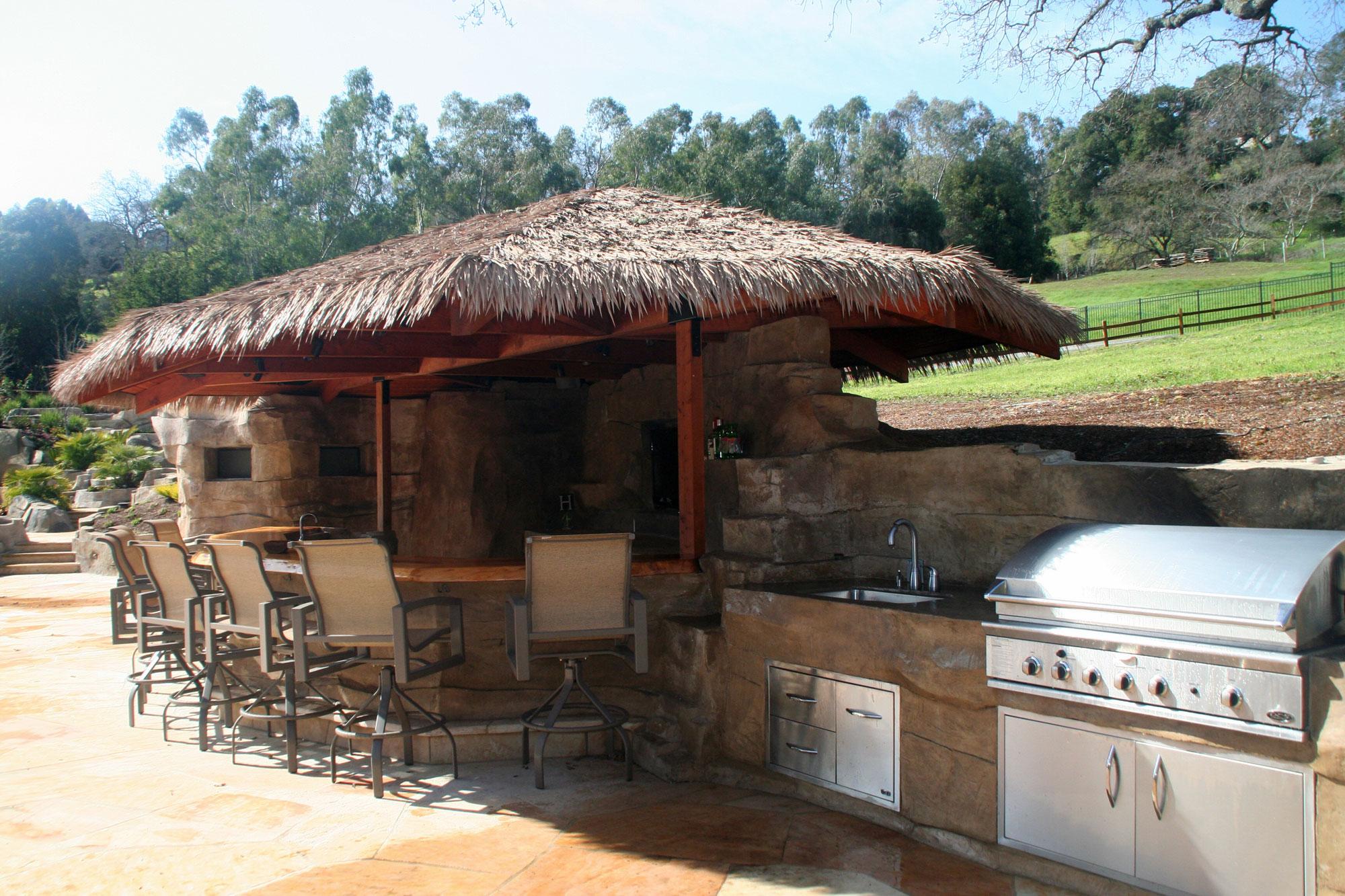BBQ & Cabana Bar