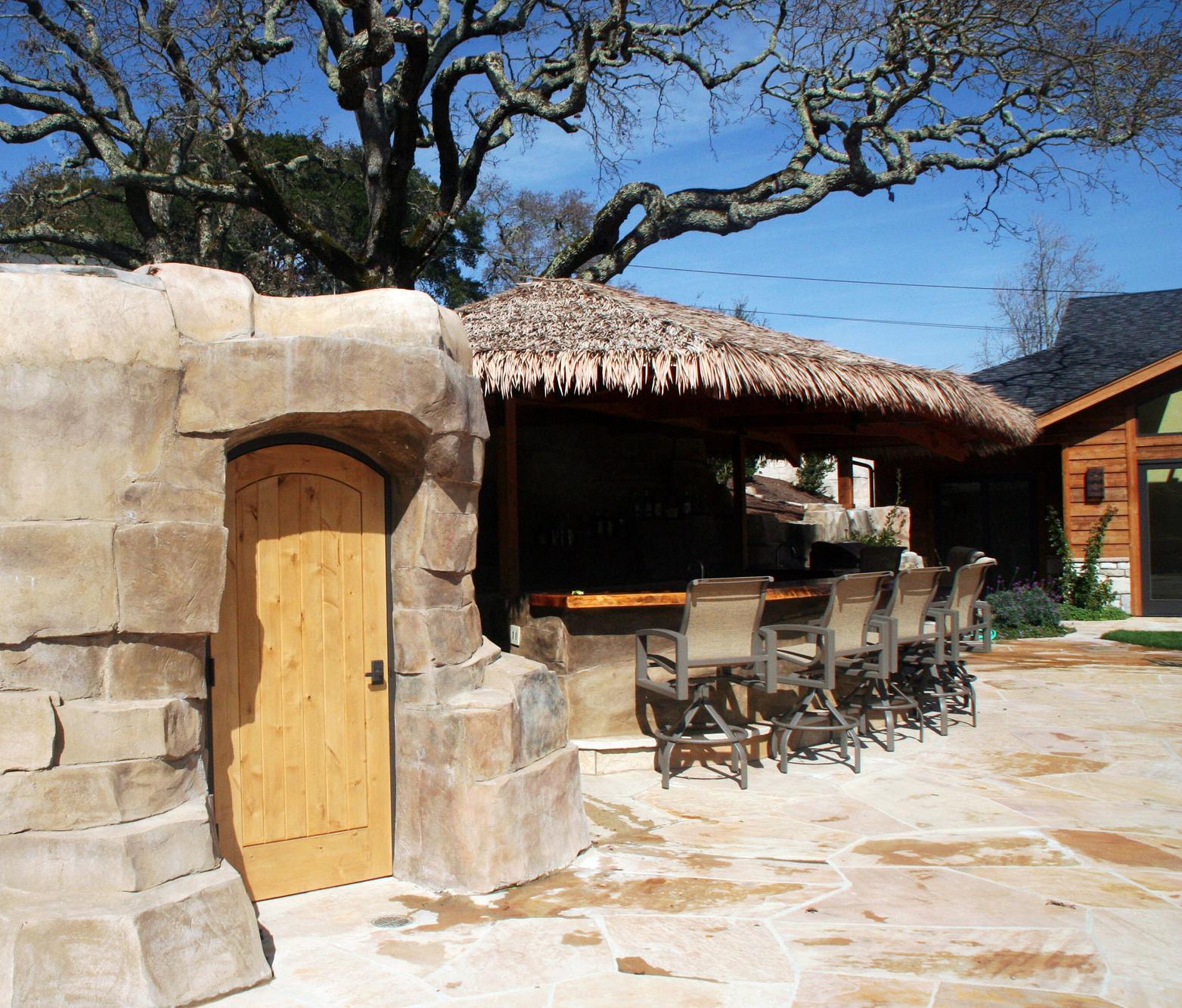 Cabana Bar & Bath