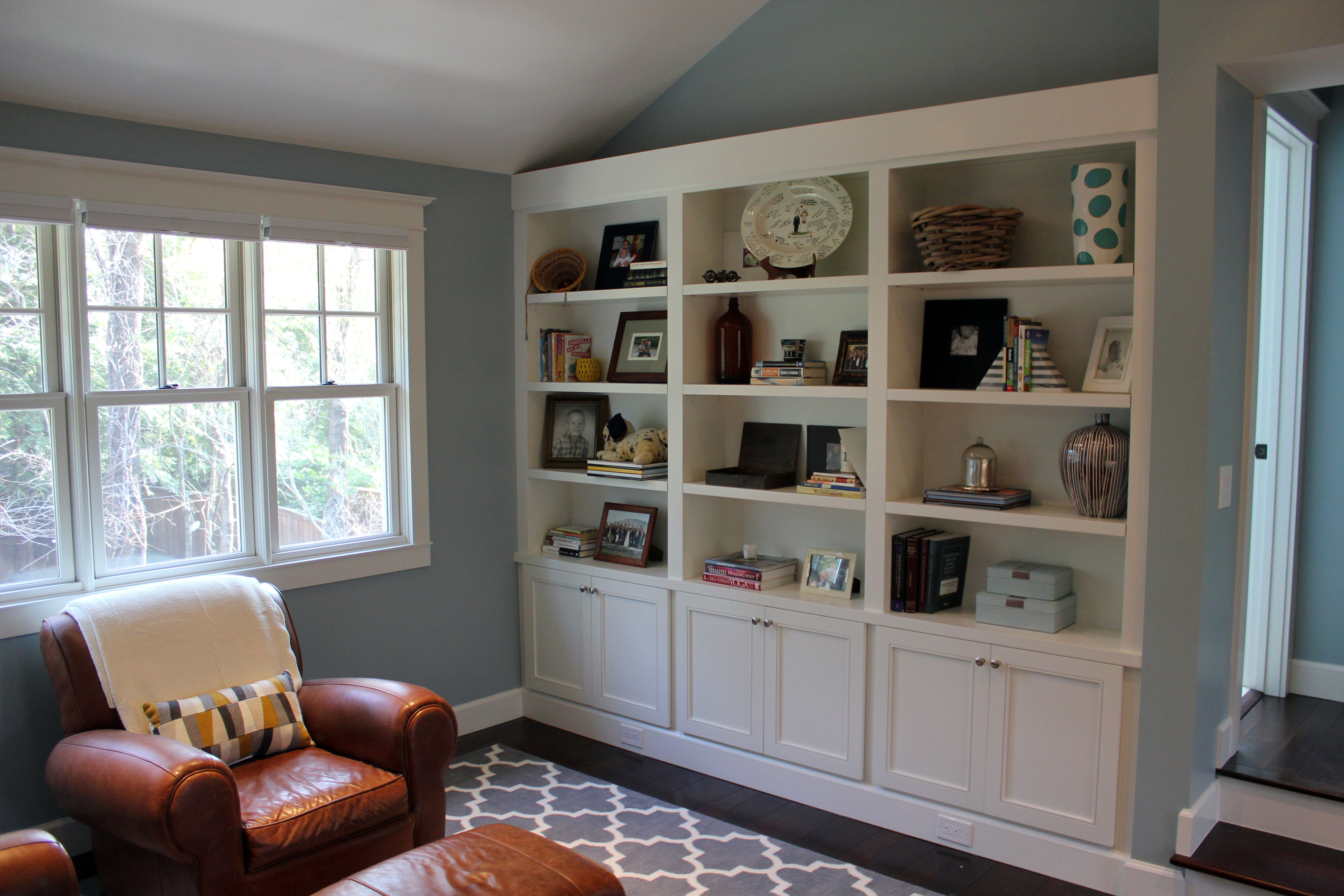 Master - Built-in Bookcase