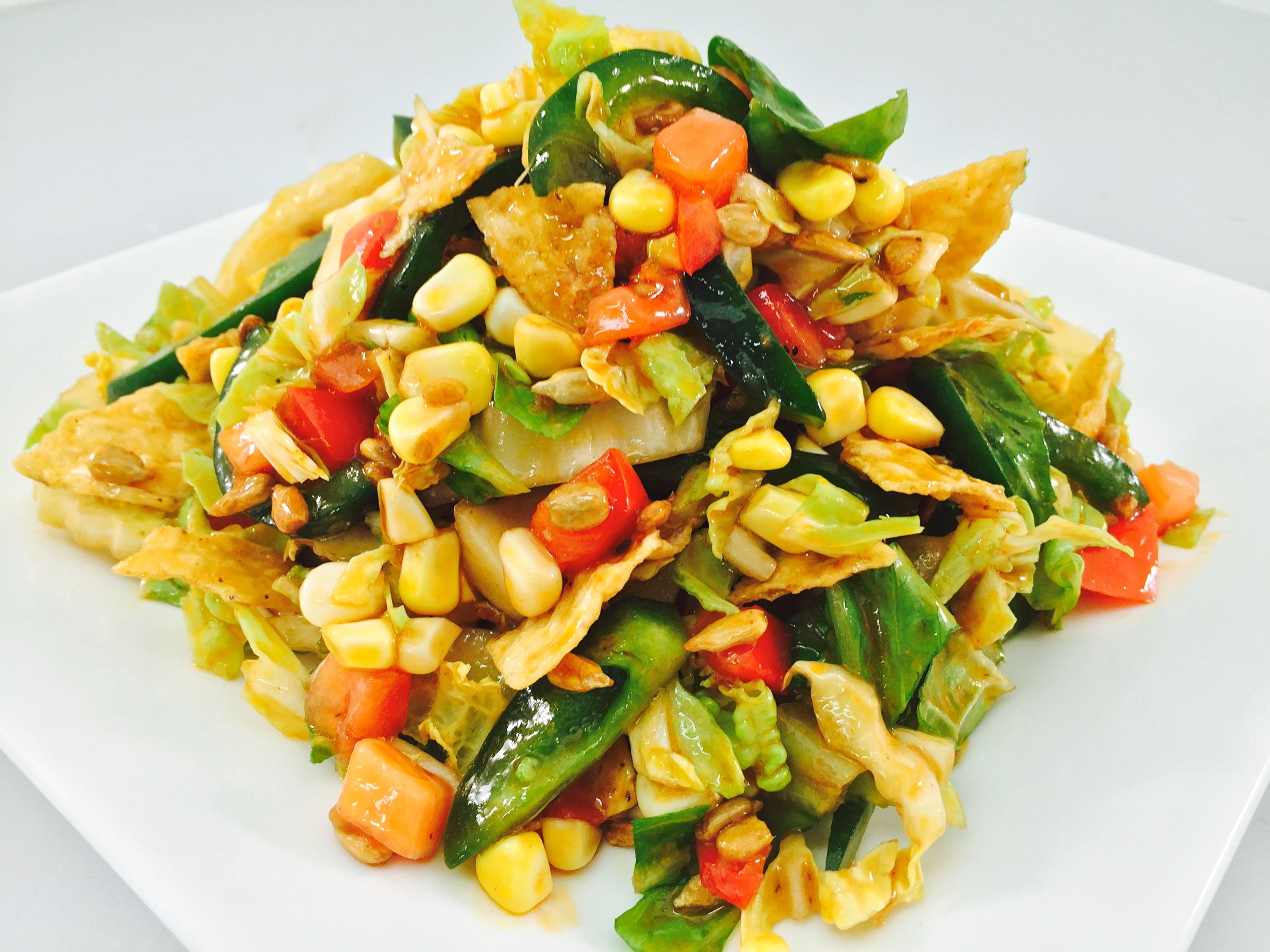 Crunchy Q Salad