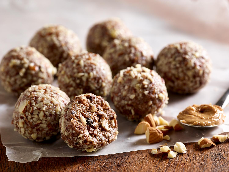 Choco Almond Energy Bites