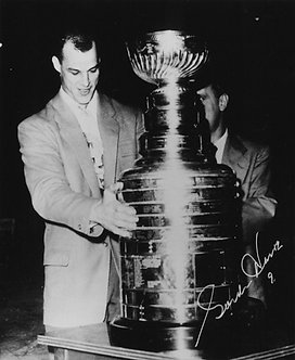 Gordie Howe with Stanley Cup - Signed 8x10 Photo