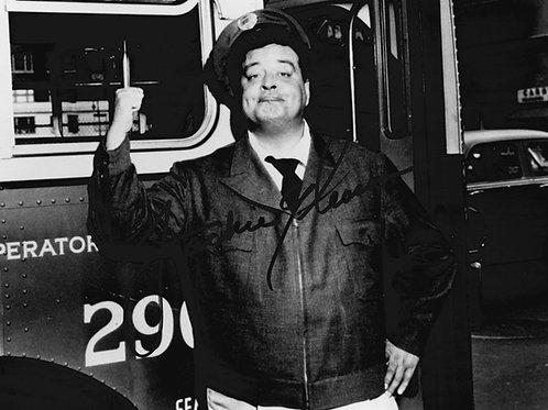 Jackie Gleason Autographed 8x10 Photo