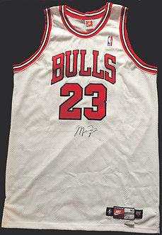 Michael Jordan Signed Nike Chicago Bulls Jersey