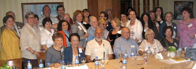 Members of Ladinokomunita from different countries during a reunion in Istanbul in 2009.