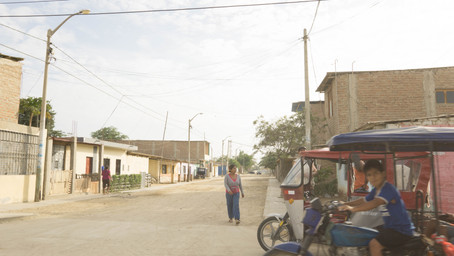 Homestay with my Taxi Driver's Family and Getting Robbed in Piura