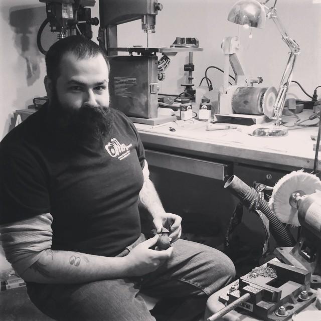 Instagram - #haveyousmokedyourowltoday #handmade #briar #tobaccopipes #supportlo