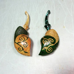 A Tolkien inspired his and hers Owl Pipe set ....jpg