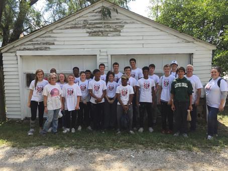 High School Students Make Energetic Volunteers