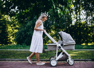 Health Benefits Of Mums Who Walk Every Day (And Why You Should Too!)