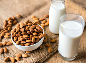 A Guide to the Best Plant-Based Milk Alternatives