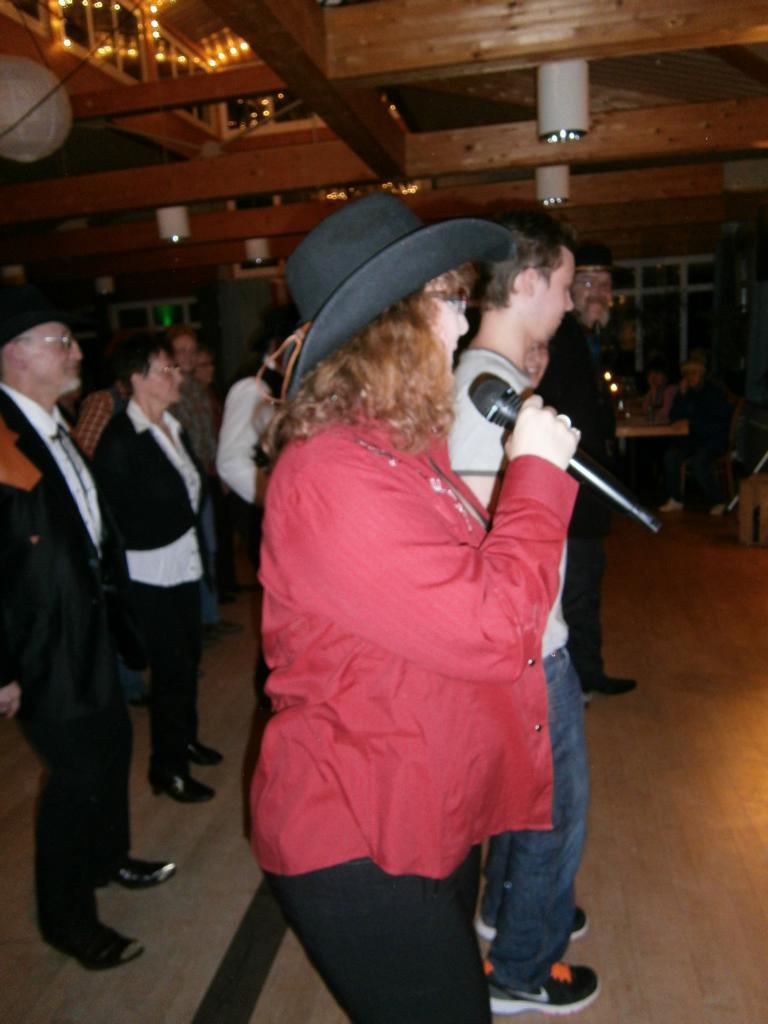 Singen und Tanzen 02