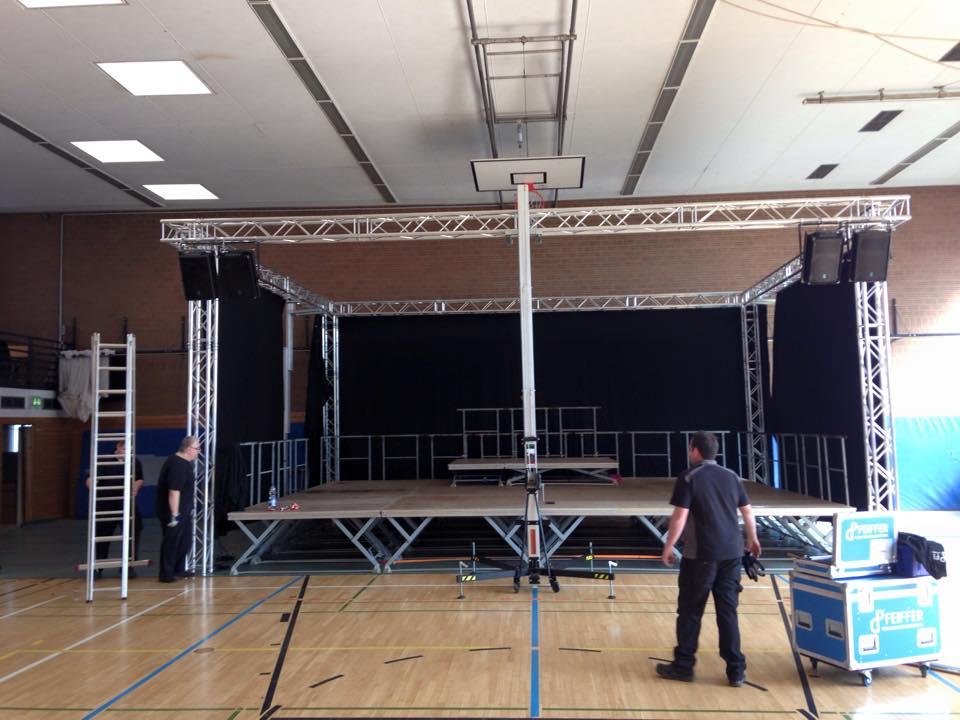 Bühnenbau2