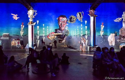 2021_Atelier_des_Lumières_Dali_037b_WIX.jpg