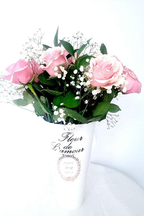 Le Vase en Blanc (Pink Roses)