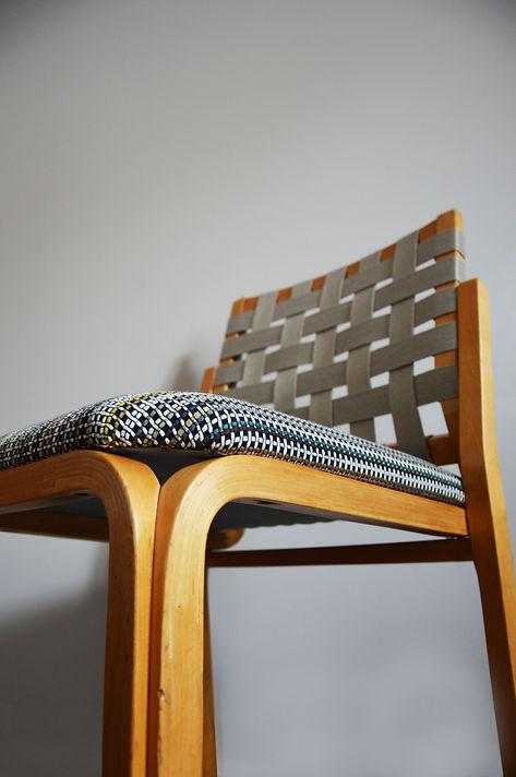 9 Chaise designer Alvar Aalto.jpeg