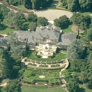 oprah-winfreys-house.jpg