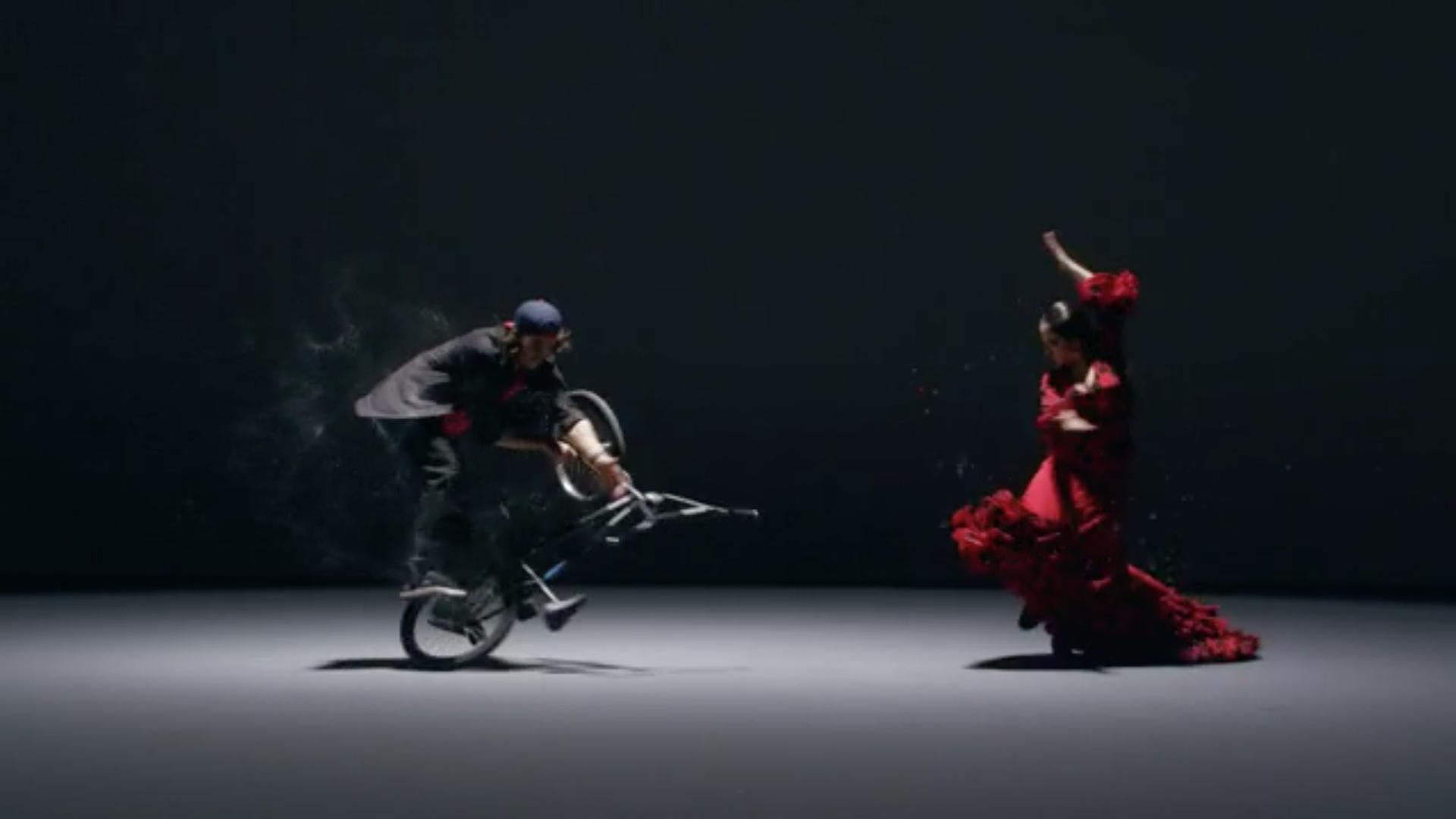 Flamenco Flatland - Viki Gomez