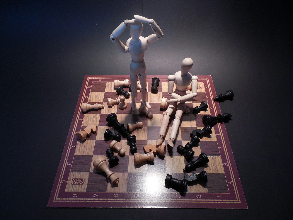 Chess board with frustrated king