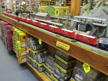 MTH FEC HOPPERS ONLY A FEW LEFT